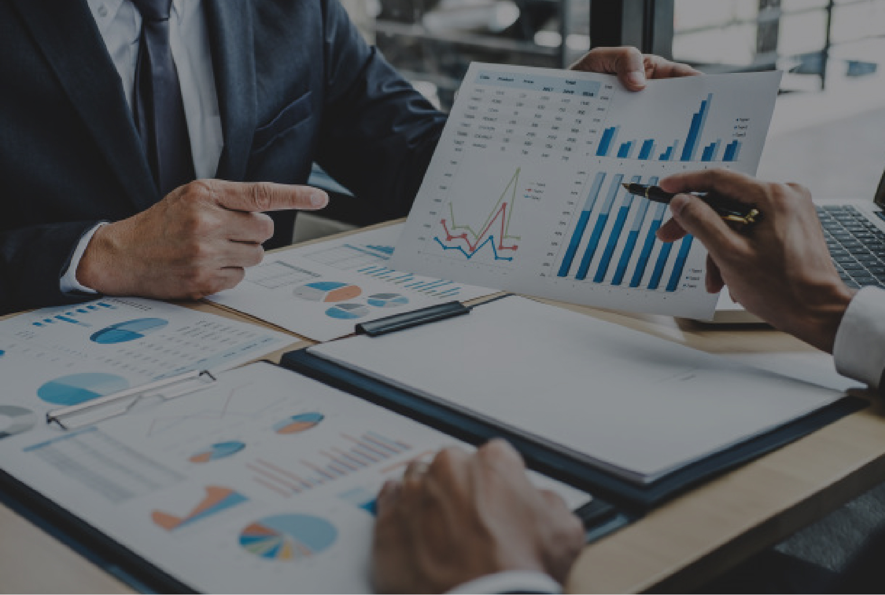 AI-led Contract Analytics – Identify, Manage and Mitigate Risks